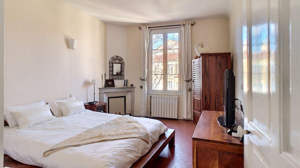 Maison à vendre 6 120m2 à Avignon vignette-5