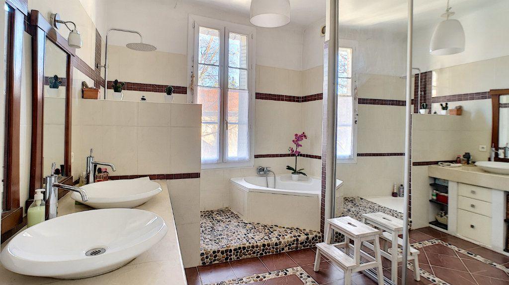 Maison à vendre 6 120m2 à Avignon vignette-7
