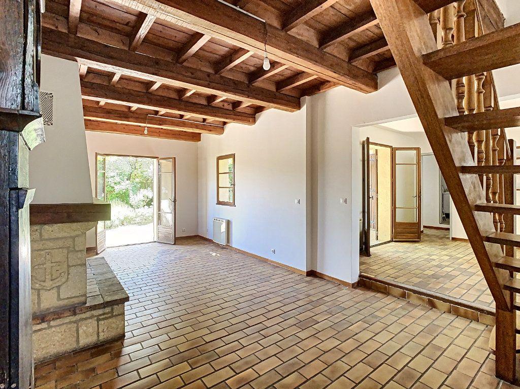 Maison à vendre 5 126.62m2 à Villeneuve-lès-Avignon vignette-2