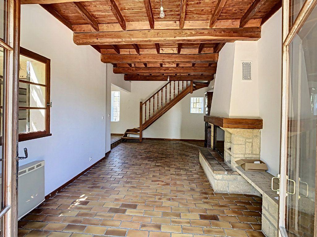 Maison à vendre 5 126.62m2 à Villeneuve-lès-Avignon vignette-4