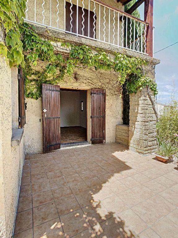 Maison à vendre 5 126.62m2 à Villeneuve-lès-Avignon vignette-5