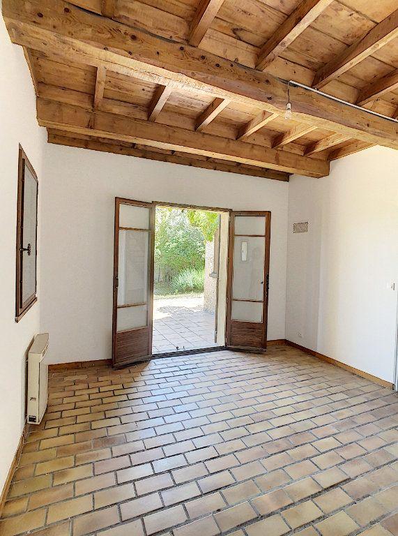 Maison à vendre 5 126.62m2 à Villeneuve-lès-Avignon vignette-6