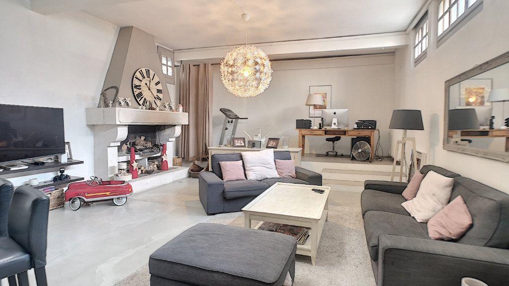 Maison à vendre 6 174.67m2 à Avignon vignette-3