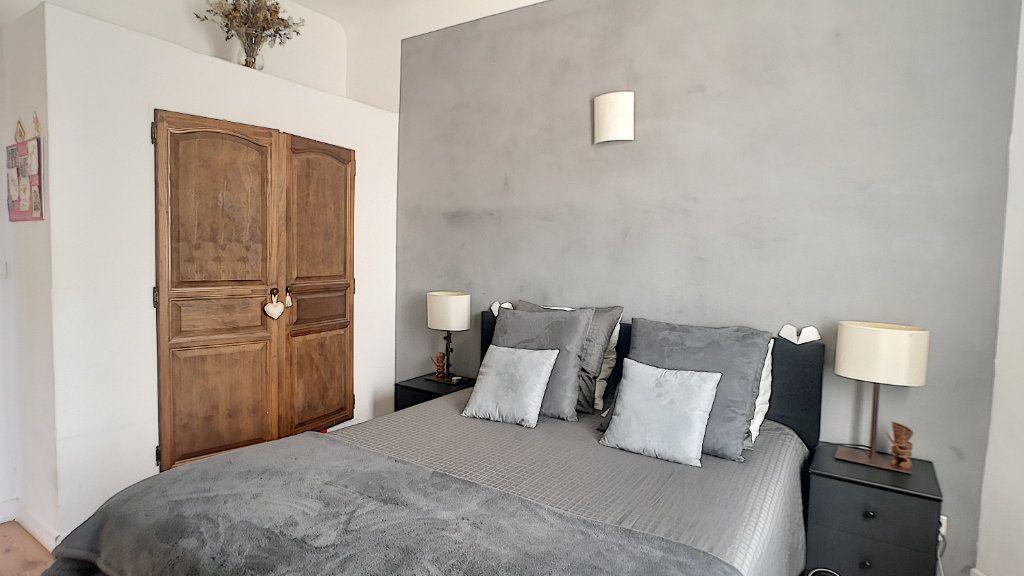 Maison à vendre 6 174.67m2 à Avignon vignette-6