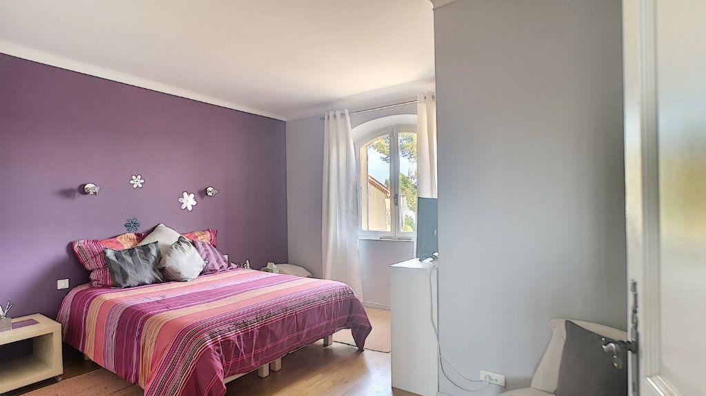 Maison à vendre 6 180m2 à Le Pontet vignette-6