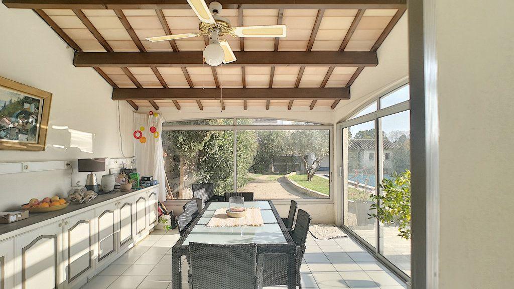 Maison à vendre 6 180m2 à Le Pontet vignette-11
