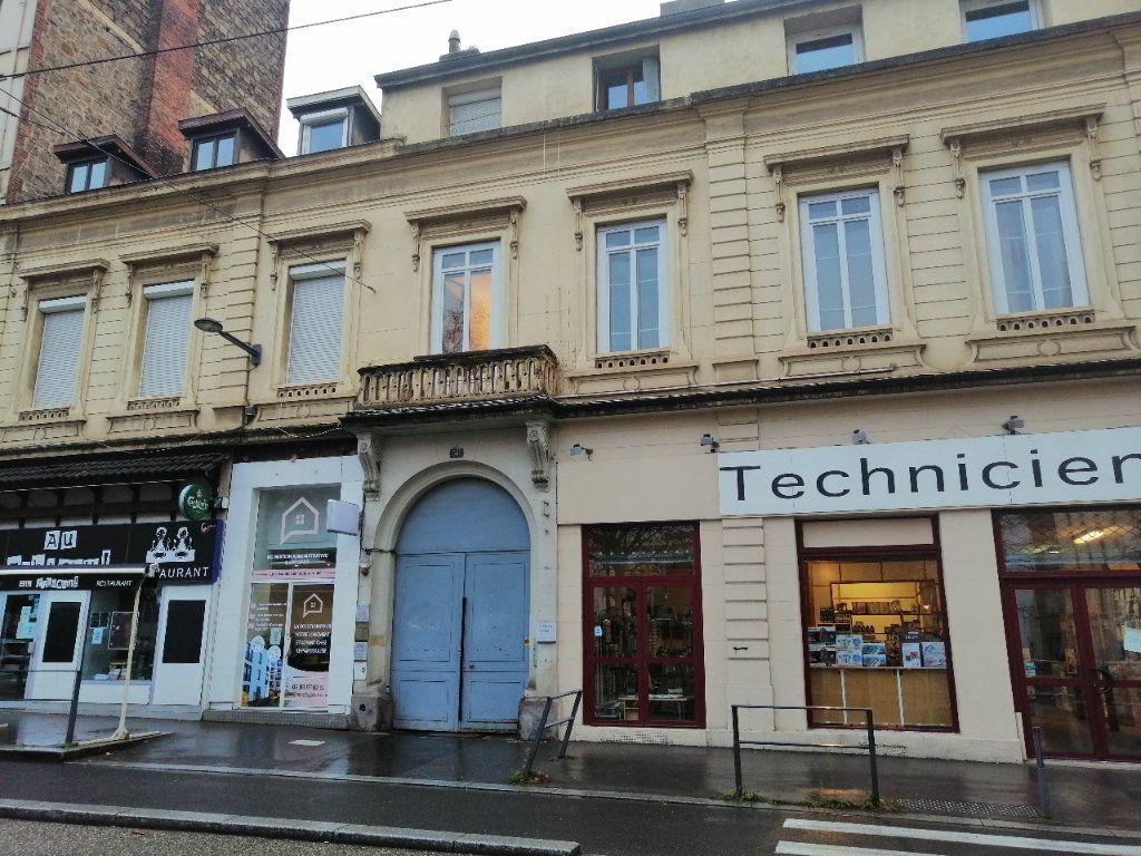 Appartement à louer 1 30.98m2 à Saint-Étienne vignette-7