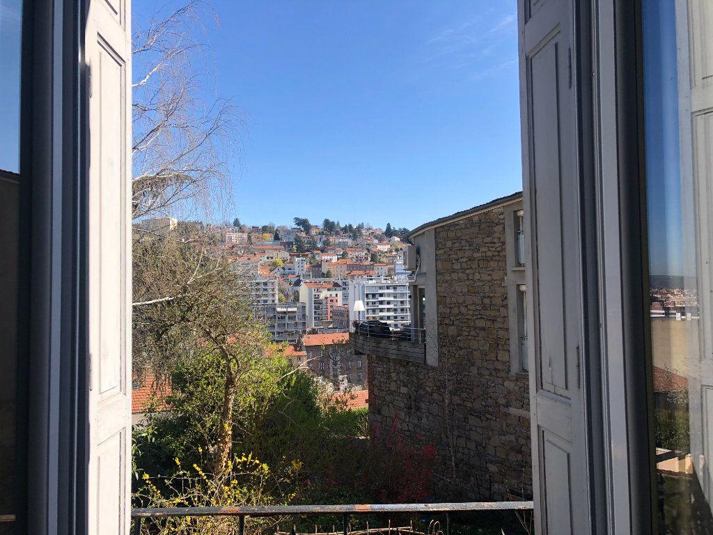 Appartement à louer 3 80m2 à Saint-Étienne vignette-1