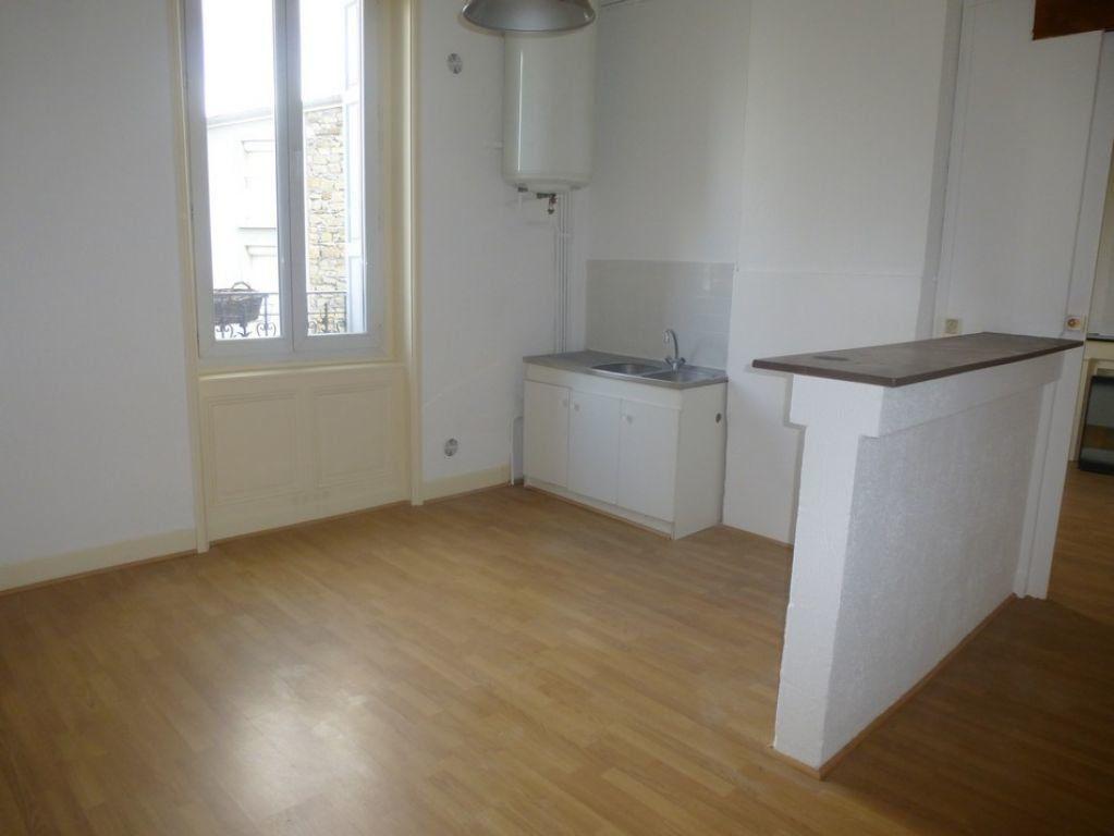 Appartement à louer 3 80m2 à Saint-Étienne vignette-3
