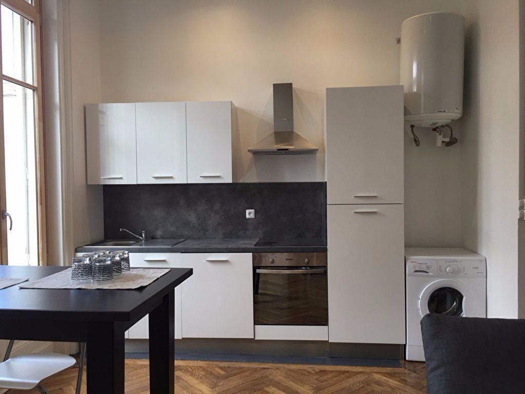 Appartement à louer 2 53m2 à Saint-Étienne vignette-2