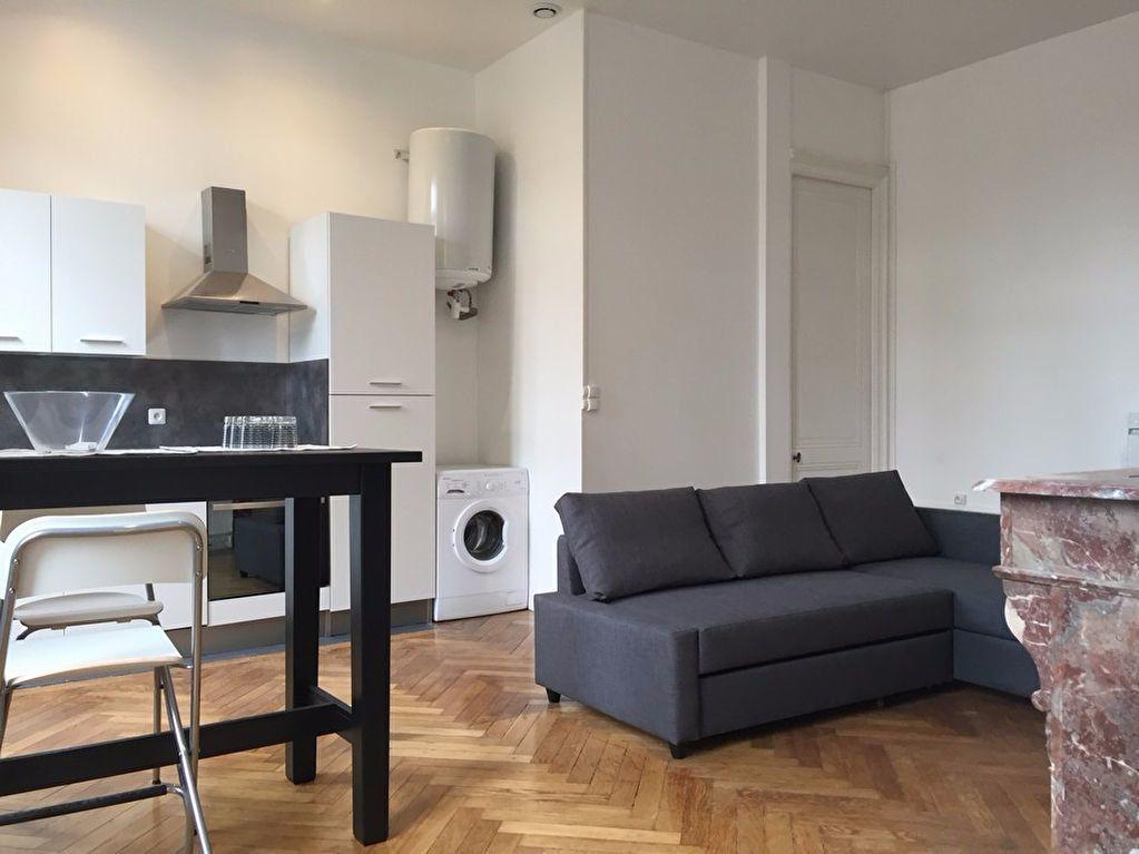 Appartement à louer 2 53m2 à Saint-Étienne vignette-3