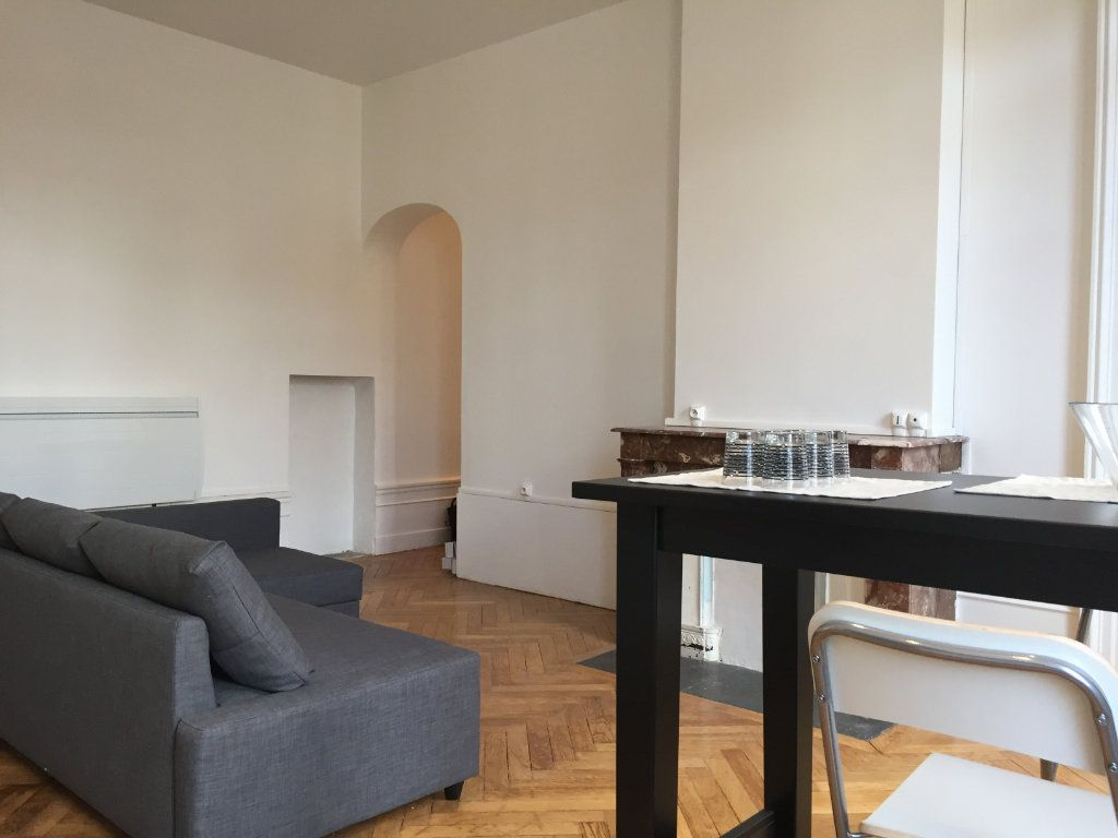 Appartement à louer 2 53m2 à Saint-Étienne vignette-4