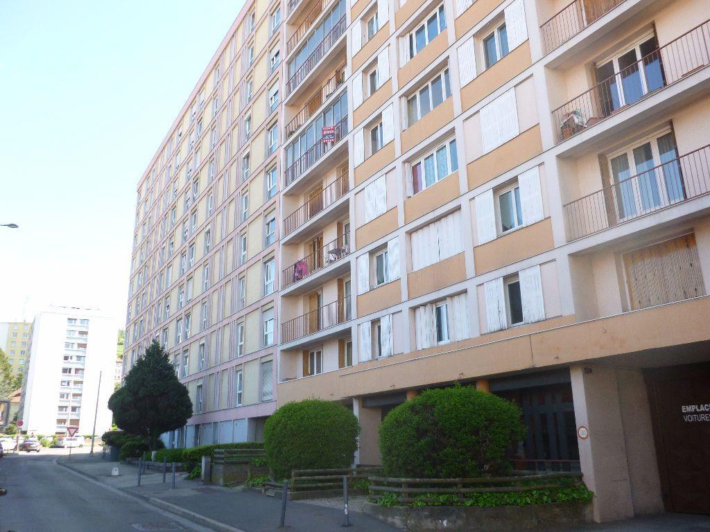 Appartement à louer 3 59.93m2 à Saint-Étienne vignette-1