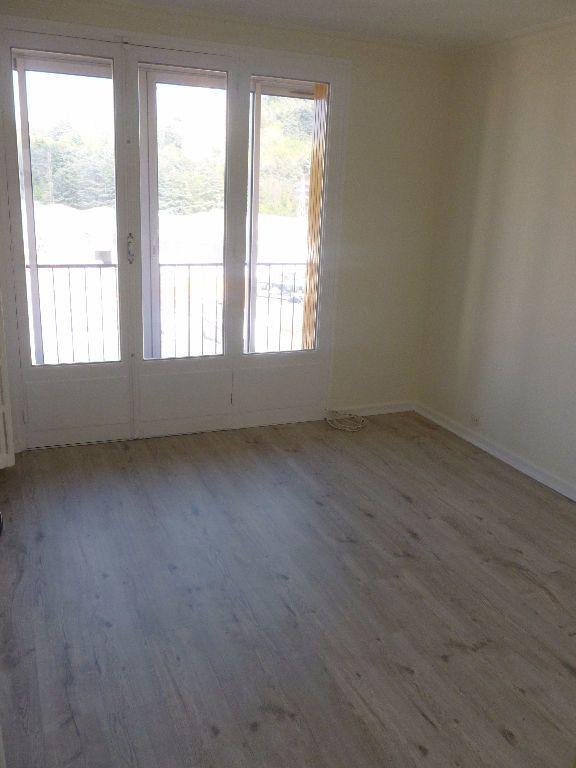 Appartement à louer 3 59.93m2 à Saint-Étienne vignette-5