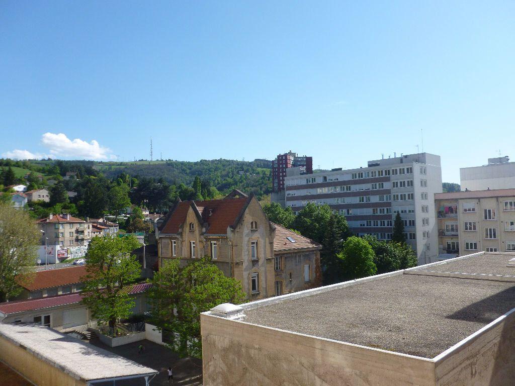 Appartement à louer 3 59.93m2 à Saint-Étienne vignette-10