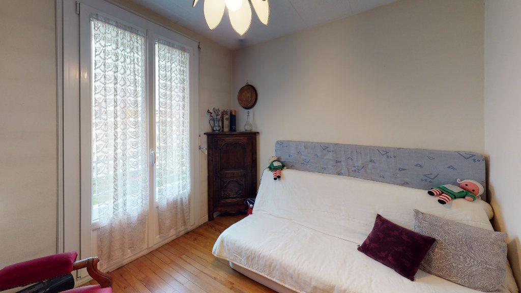 Appartement à vendre 3 56.7m2 à Saint-Étienne vignette-4