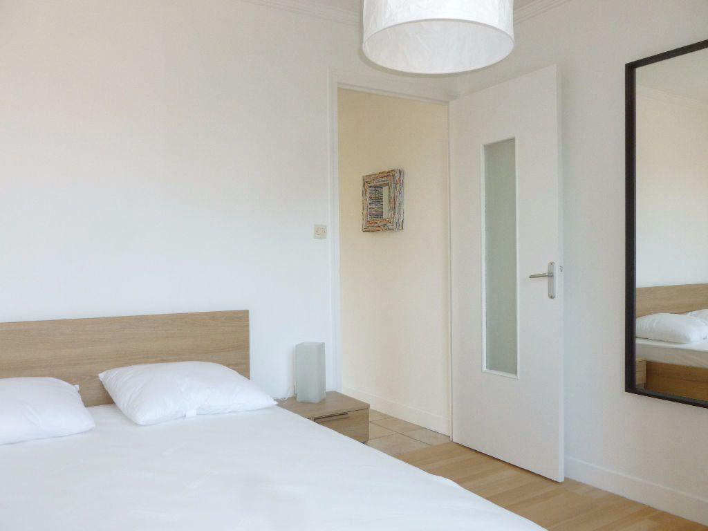 Appartement à louer 2 42.14m2 à Saint-Étienne vignette-4