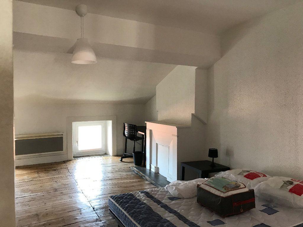 Appartement à louer 2 42.19m2 à Saint-Étienne vignette-3