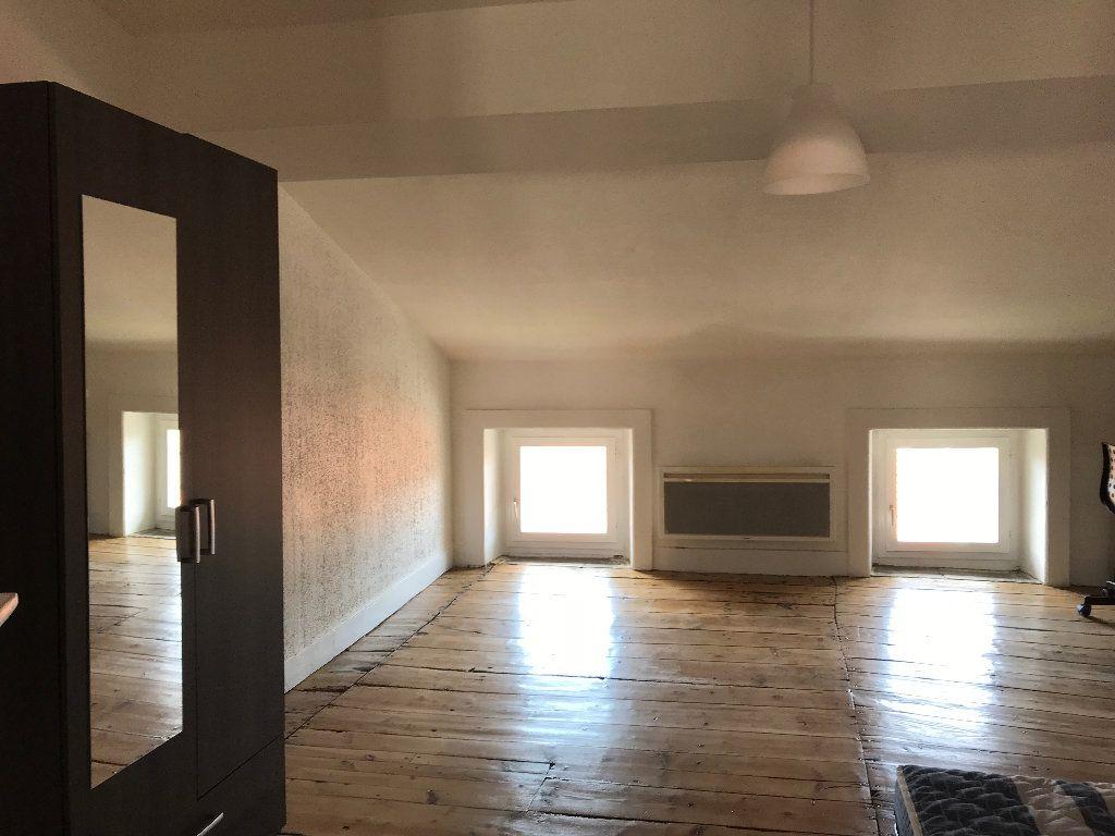 Appartement à louer 2 42.19m2 à Saint-Étienne vignette-4