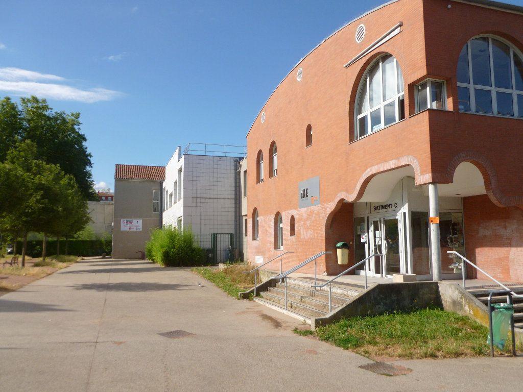 Appartement à louer 1 17.07m2 à Saint-Étienne vignette-6