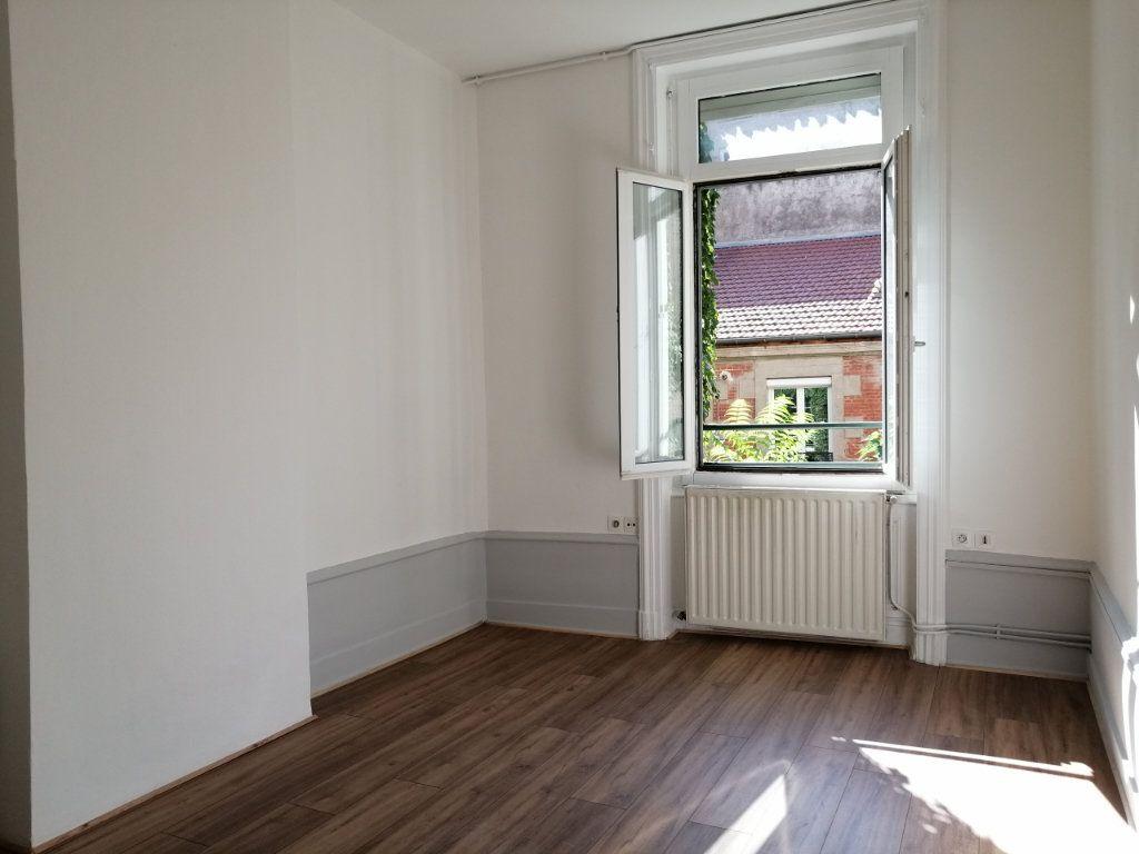 Appartement à louer 2 67m2 à Saint-Étienne vignette-5