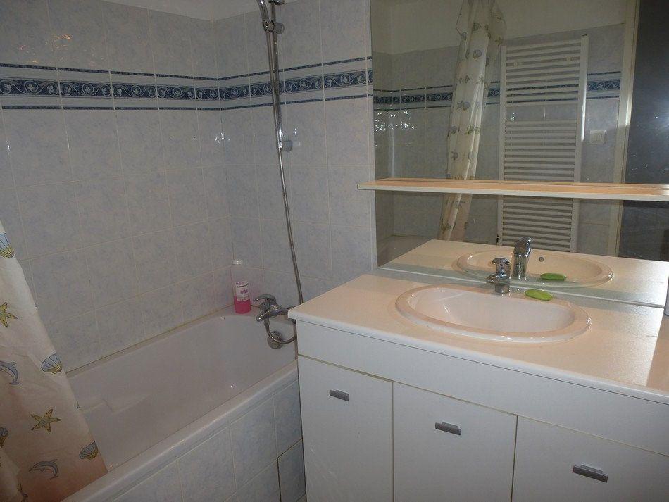 Appartement à louer 3 62.65m2 à Saint-Étienne vignette-4
