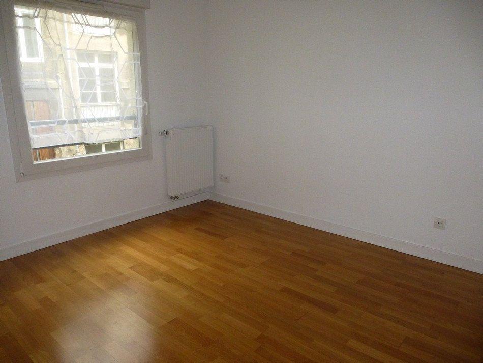 Appartement à louer 3 62.65m2 à Saint-Étienne vignette-6