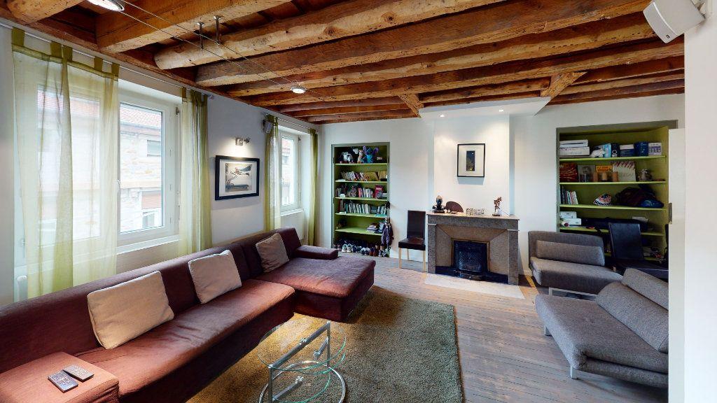 Appartement à vendre 3 67.72m2 à Saint-Étienne vignette-2