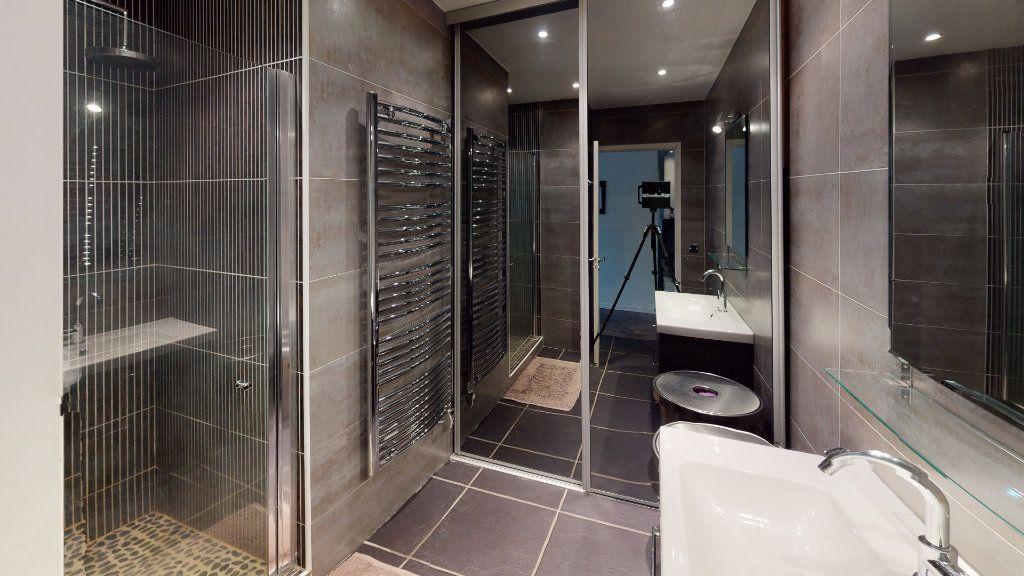 Appartement à vendre 3 67.72m2 à Saint-Étienne vignette-5
