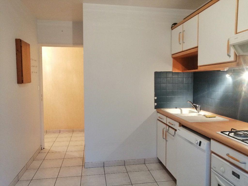 Appartement à louer 5 93m2 à Villars vignette-1
