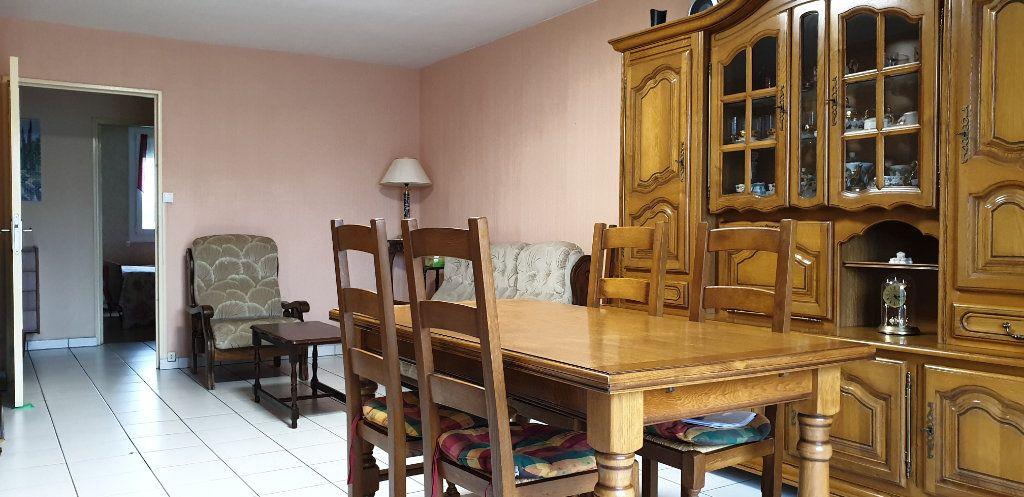 Appartement à vendre 4 76.73m2 à Firminy vignette-3