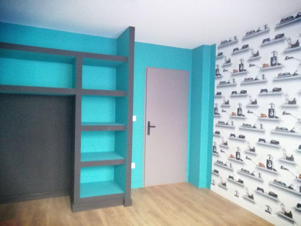 Appartement à louer 3 68.34m2 à Saint-Étienne vignette-4