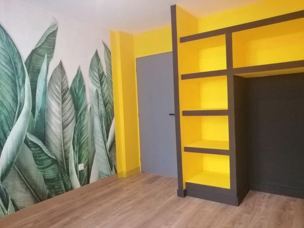 Appartement à louer 3 68.34m2 à Saint-Étienne vignette-5