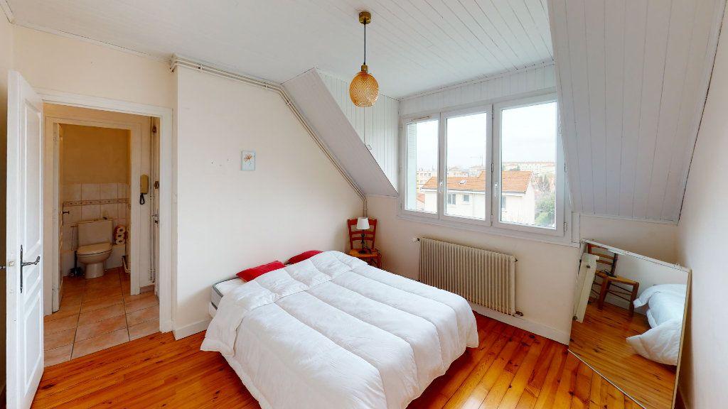 Appartement à louer 3 53.6m2 à Saint-Étienne vignette-4
