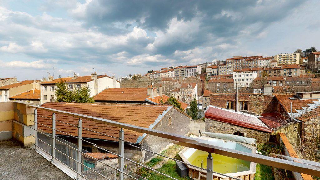 Appartement à louer 6 120m2 à Saint-Étienne vignette-1