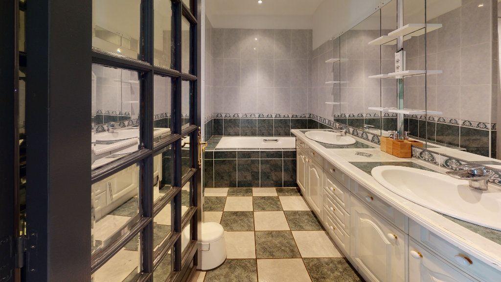 Appartement à louer 6 120m2 à Saint-Étienne vignette-5