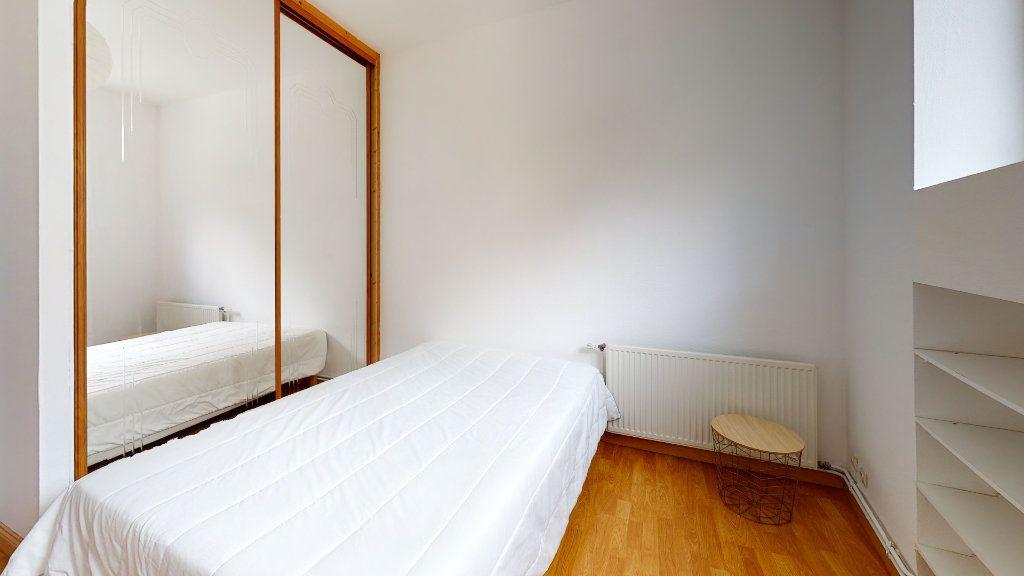 Appartement à louer 6 120m2 à Saint-Étienne vignette-7