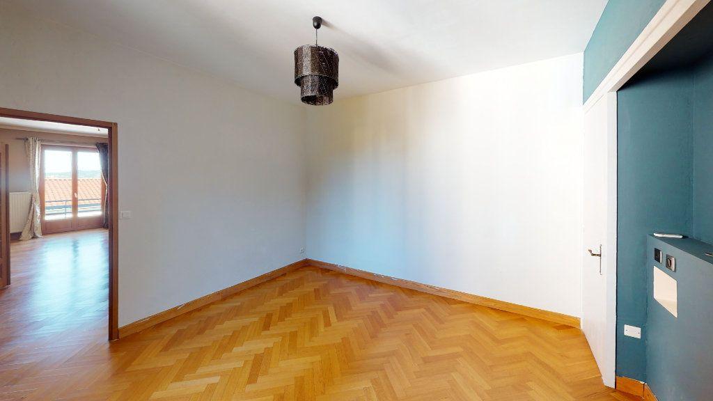 Appartement à vendre 3 91.22m2 à Saint-Étienne vignette-3