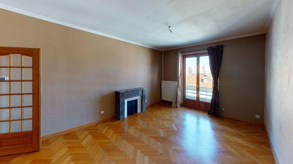 Appartement à vendre 3 91.22m2 à Saint-Étienne vignette-7