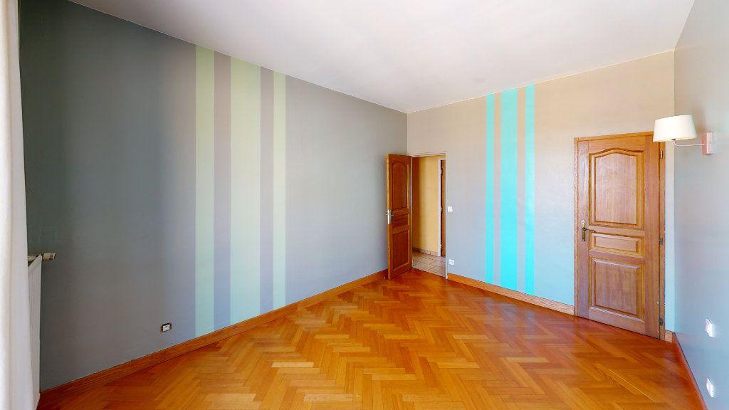 Appartement à vendre 3 91.22m2 à Saint-Étienne vignette-9