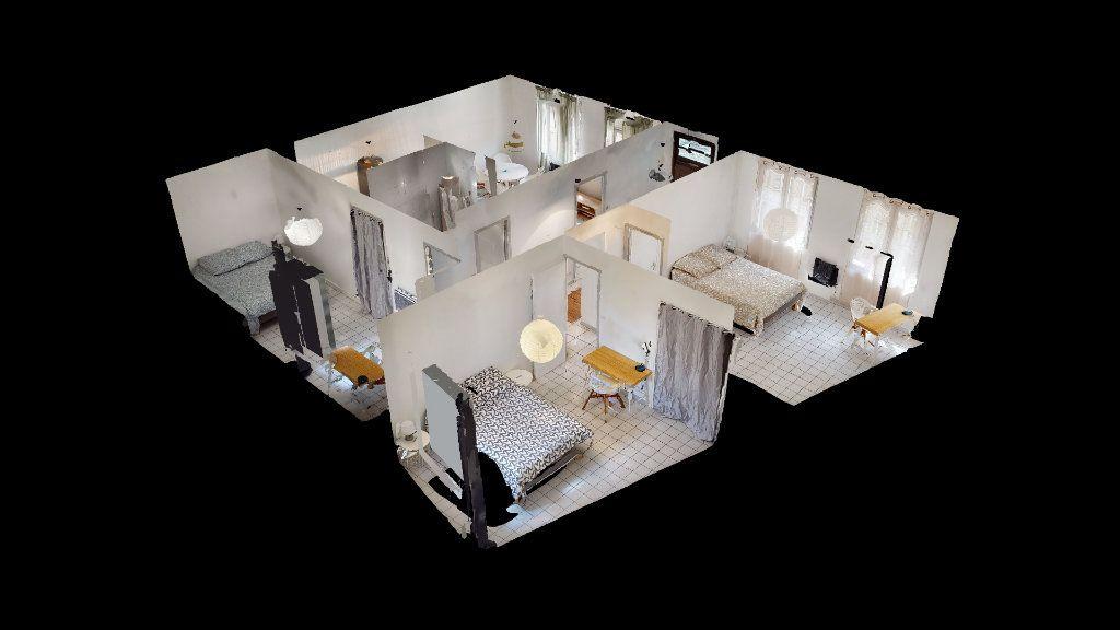Appartement à louer 4 79.02m2 à Saint-Étienne vignette-3