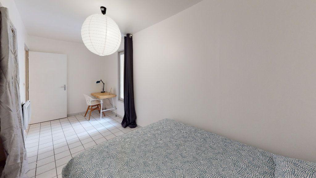 Appartement à louer 4 79.02m2 à Saint-Étienne vignette-7