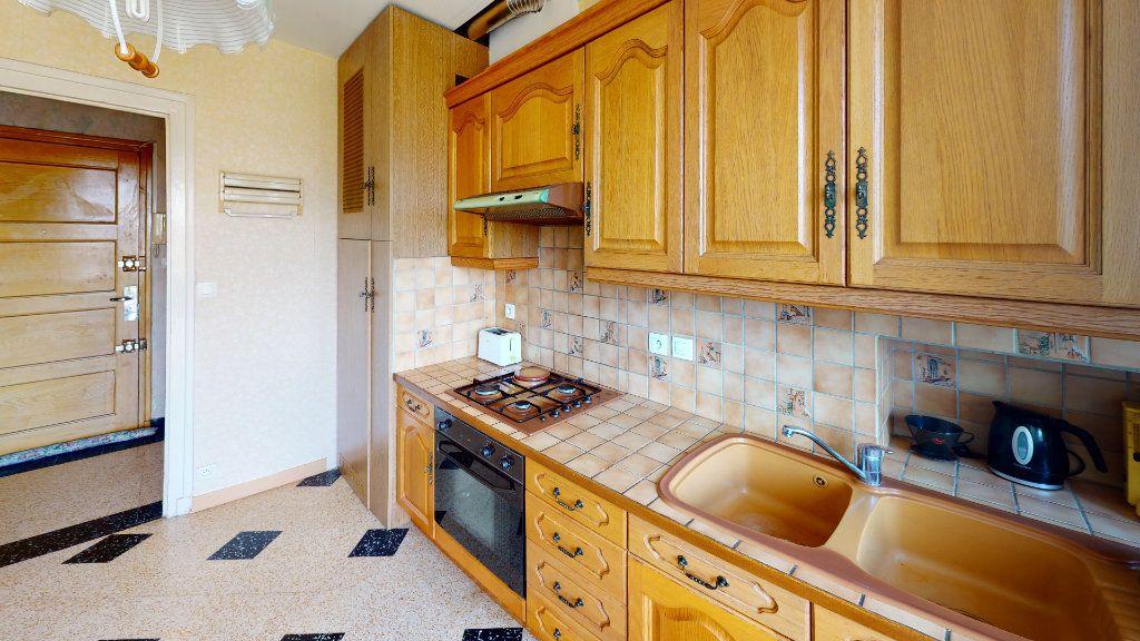 Appartement à louer 2 46.75m2 à Saint-Étienne vignette-1