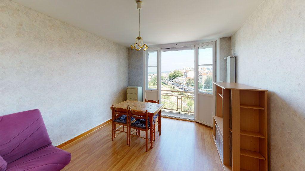 Appartement à louer 2 46.75m2 à Saint-Étienne vignette-2