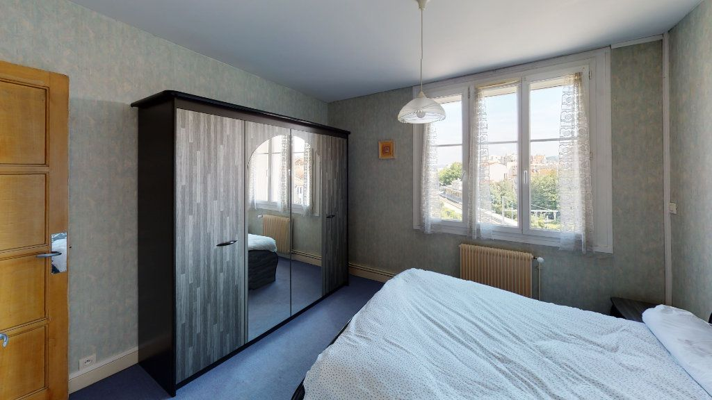 Appartement à louer 2 46.75m2 à Saint-Étienne vignette-4