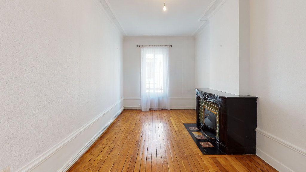 Appartement à louer 4 97.98m2 à Saint-Étienne vignette-4