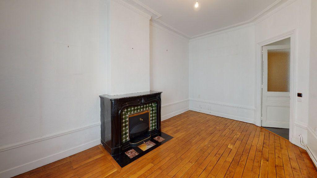 Appartement à louer 4 97.98m2 à Saint-Étienne vignette-5