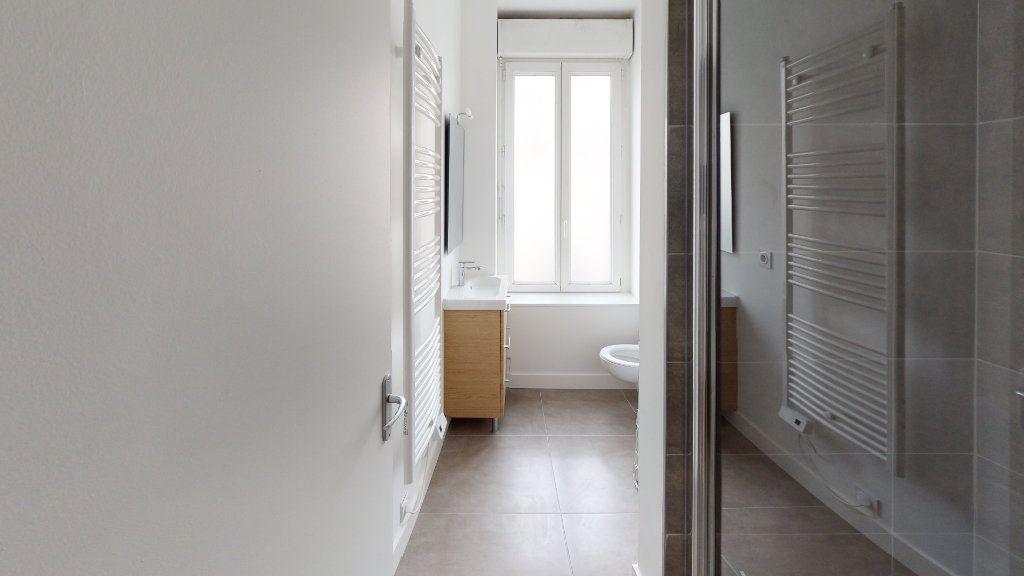 Appartement à louer 2 27.04m2 à Saint-Étienne vignette-6