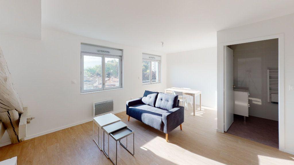 Appartement à louer 2 40.34m2 à Saint-Étienne vignette-1