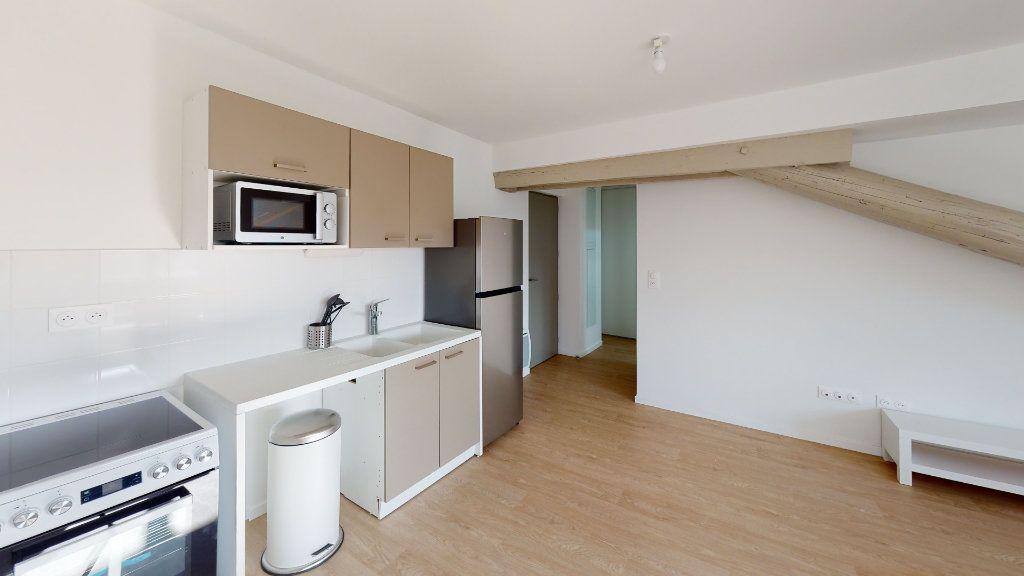Appartement à louer 2 40.34m2 à Saint-Étienne vignette-2